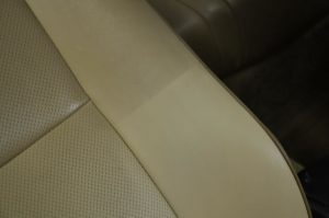 deep-leather-cleaning